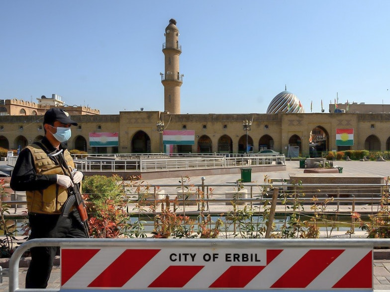 A man stands guard at Erbil's deserted Shar park Photo: Bilind T. Abdullah/Rudaw
