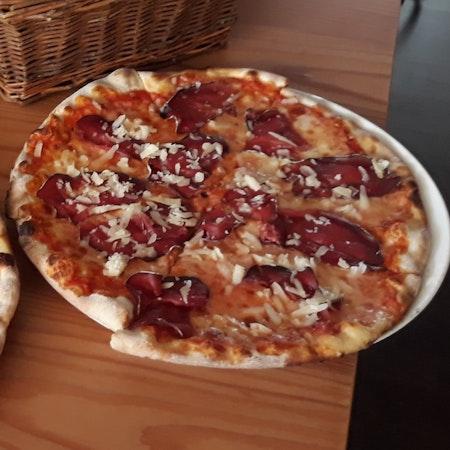 """Pizzoccheri und Pizza """"100% Valposchiavo"""" oder wie die Aufwertung lokaler Produkte funktionieren kann"""