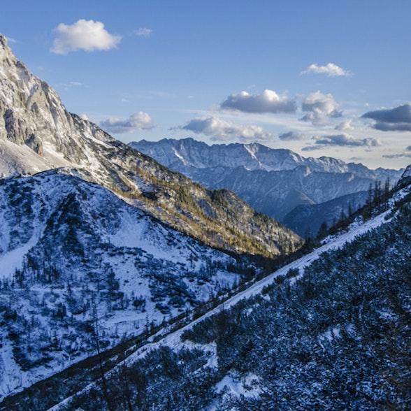Klimawandel und Tourismus: Alpine Destinationen und das Warten auf den großen Schnee