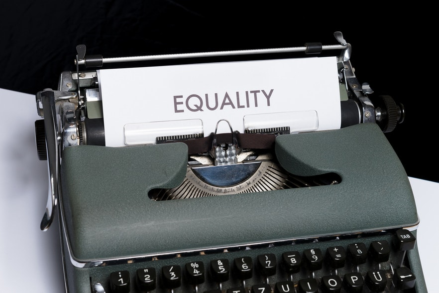 The equality-plurality paradox in language matters and how France and Italy deal with it